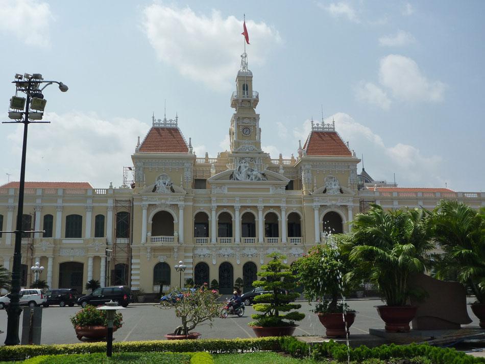 Ho-Chi-Minh-City-Hall