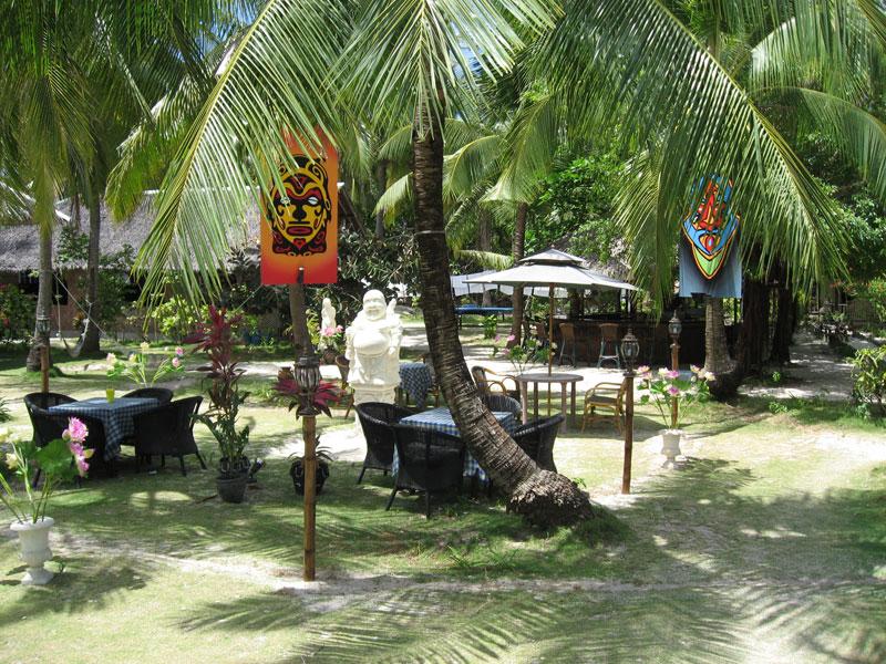 9.buddha.bar.malapascua.jpg
