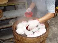 preparing-buns.jpg
