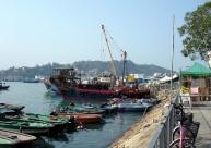 Cheung-Chau-Island-boat.jpg