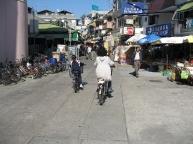 Cheung-Chau-Island-street.jpg