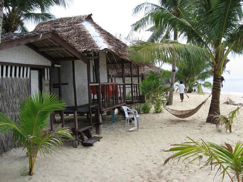 Beachfront Coco Loco island cottages