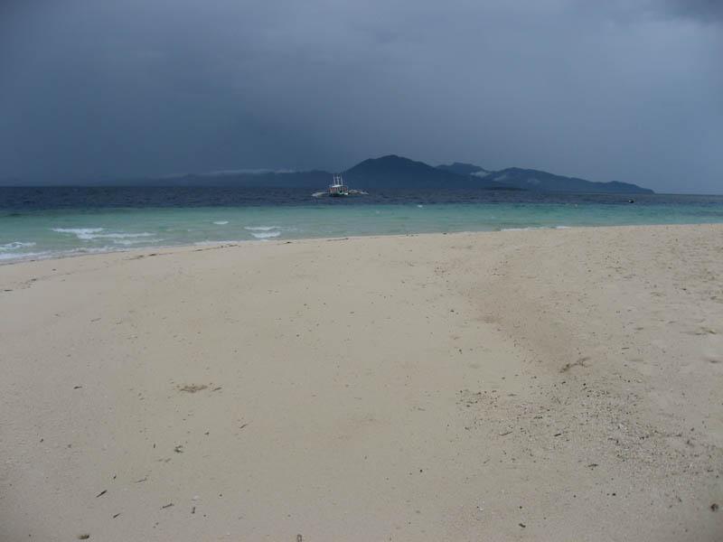 Coco Loco white sandy beaches