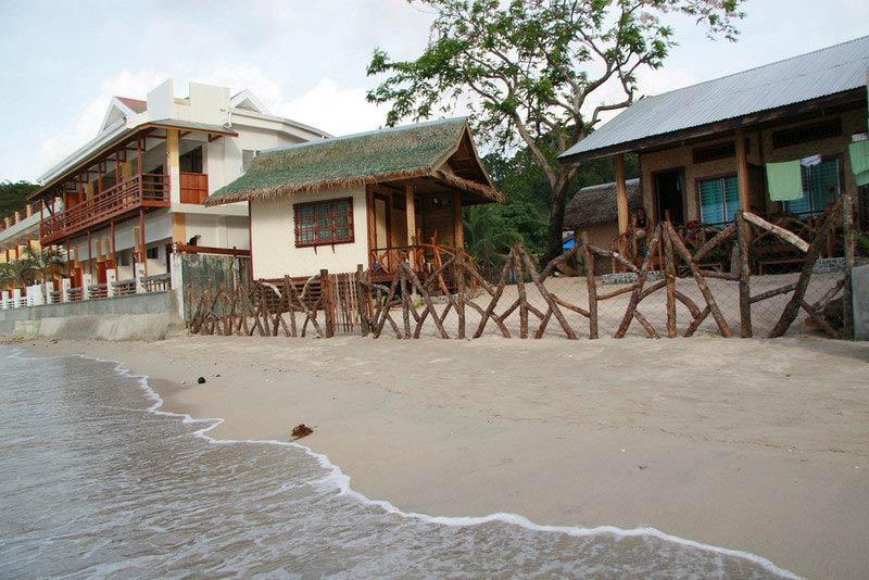 Beachfront resorts of El Nido, Palawan