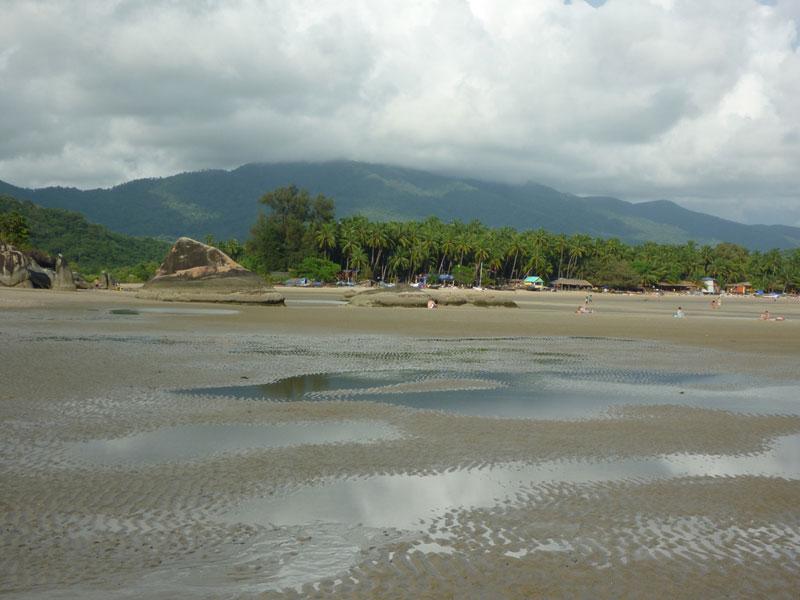 Palolem beach at low tide