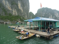 Approchaing-Floating-Villag