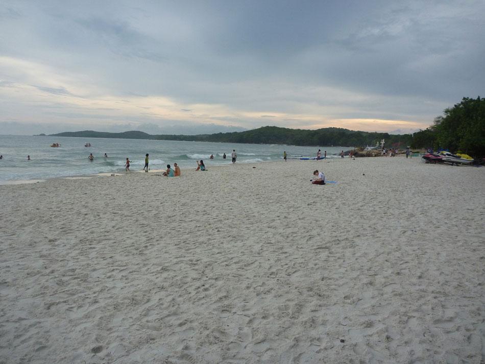 Saikaeo beach