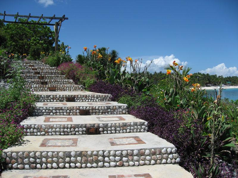 malapascua-bantigue-cove-beach-resort-stairs.jpg