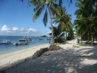 4.bounty.beach.in.the.shade.jpg