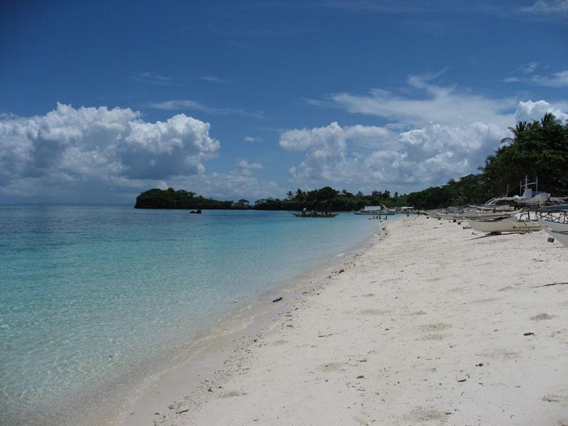 Guimbitayan.northen.beach.jpg
