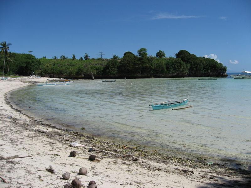 6.kabatangan.beach.jpg
