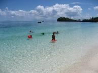 9.Langob.malapascua.kids.playing.in.water.jpg