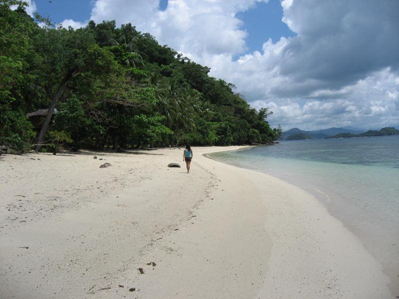 Pristine white sand beach Port Barton