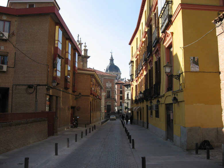quiet little side street Madrid