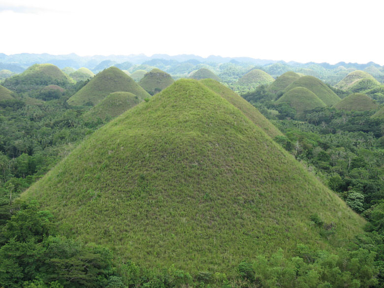 The Chocolate Hills Bohol view