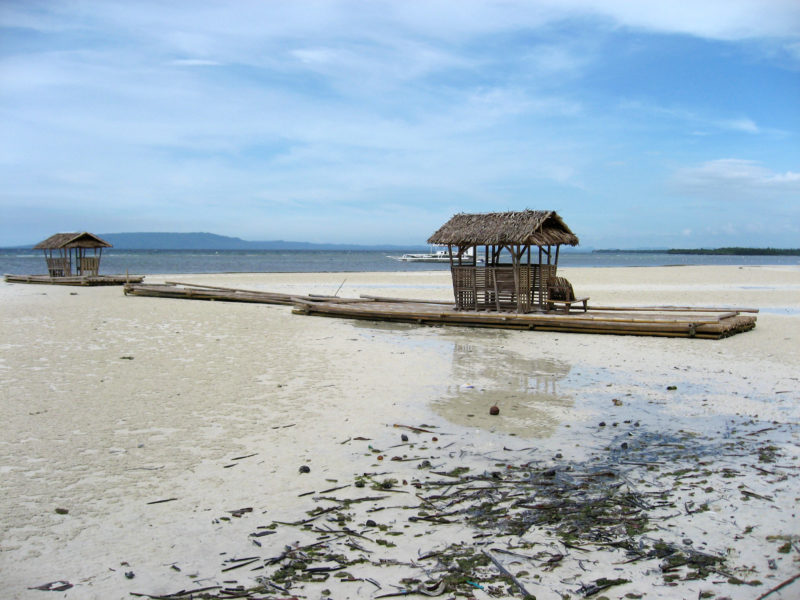 Alona beach low tide
